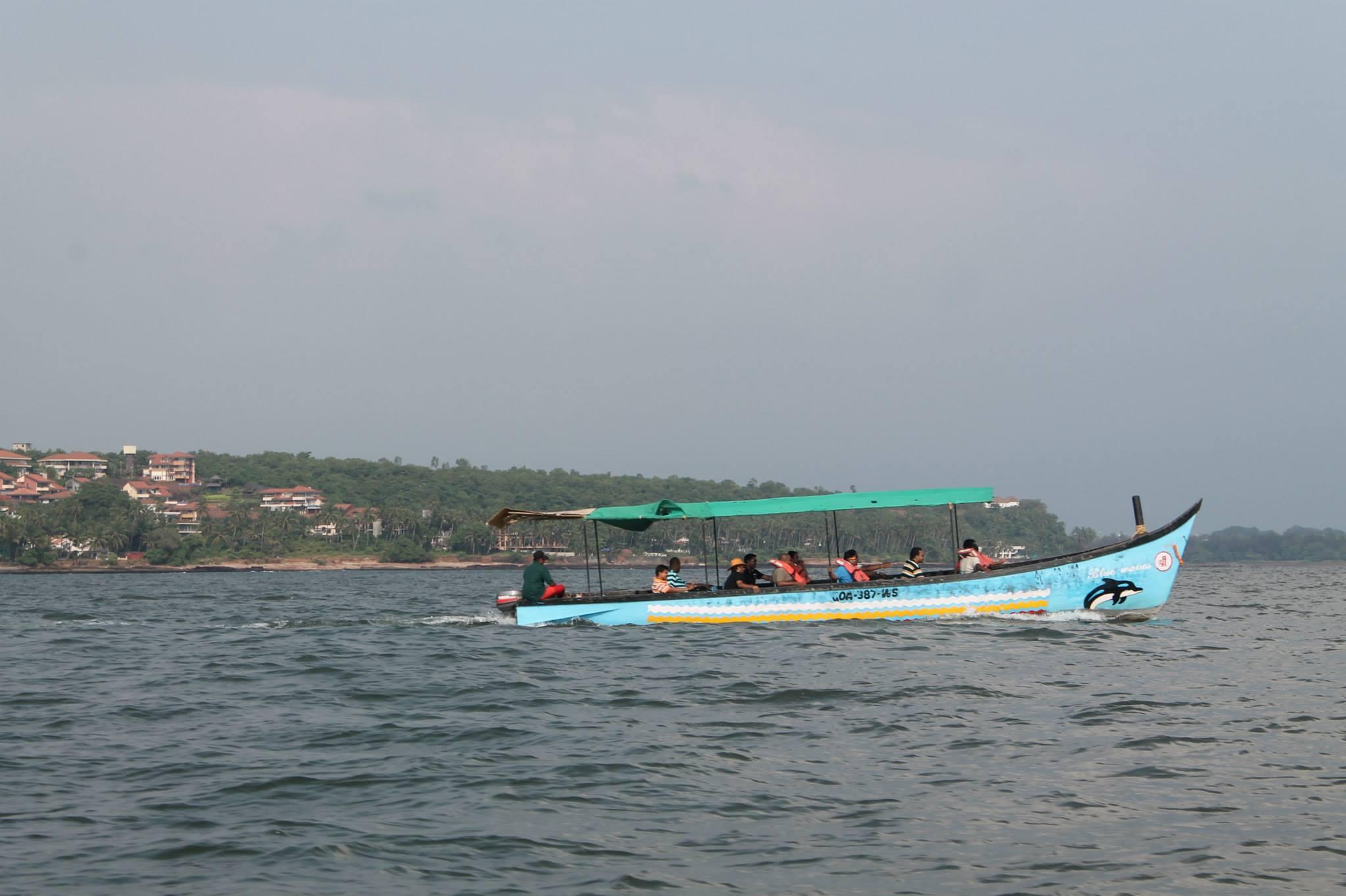 Grand island boat trip goa