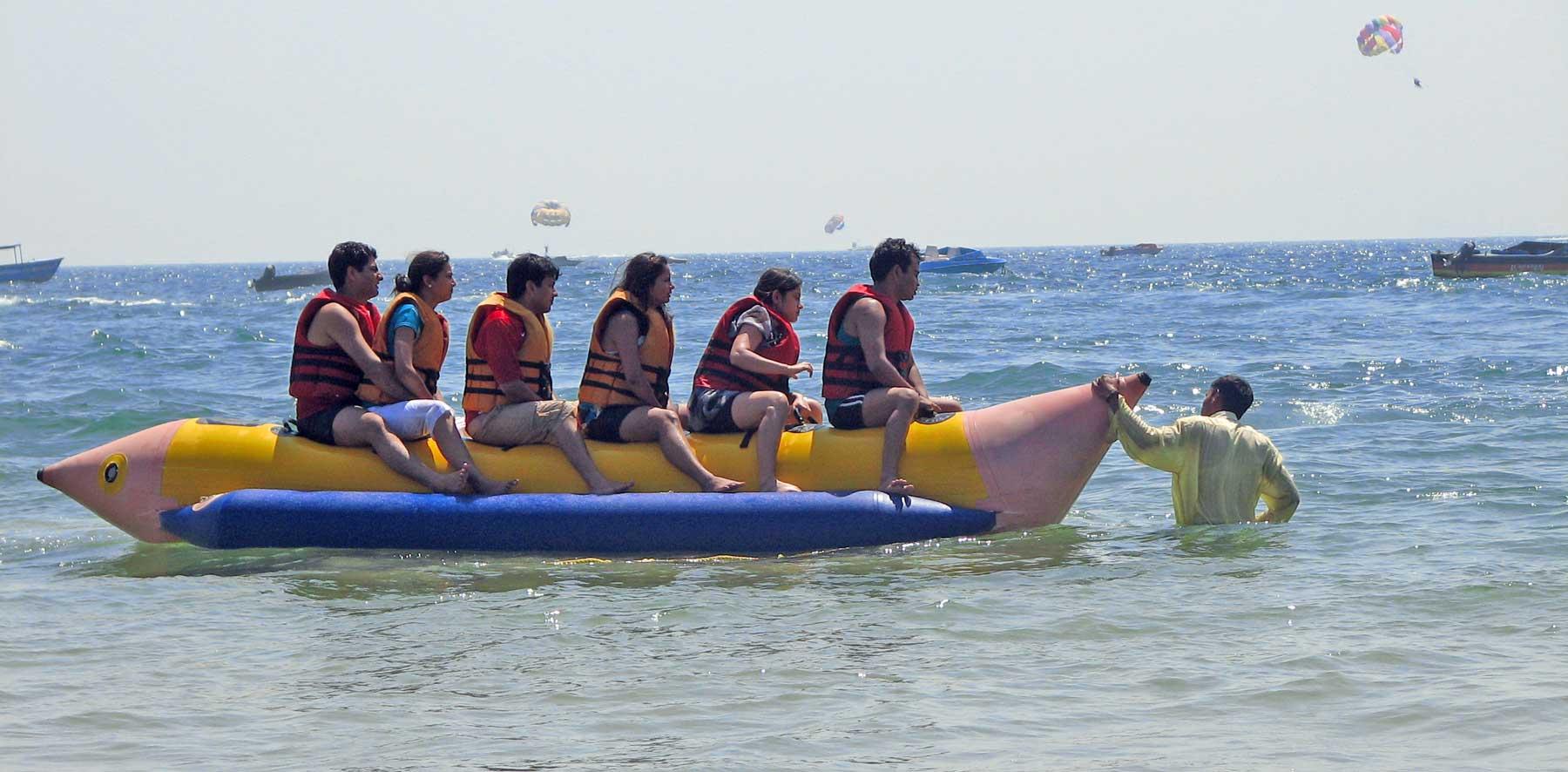 banana-ride-goa