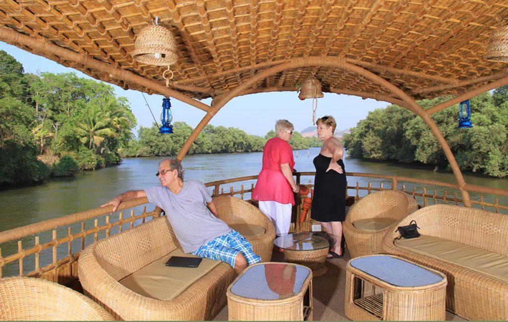 house_boat_mandovi_river-goa