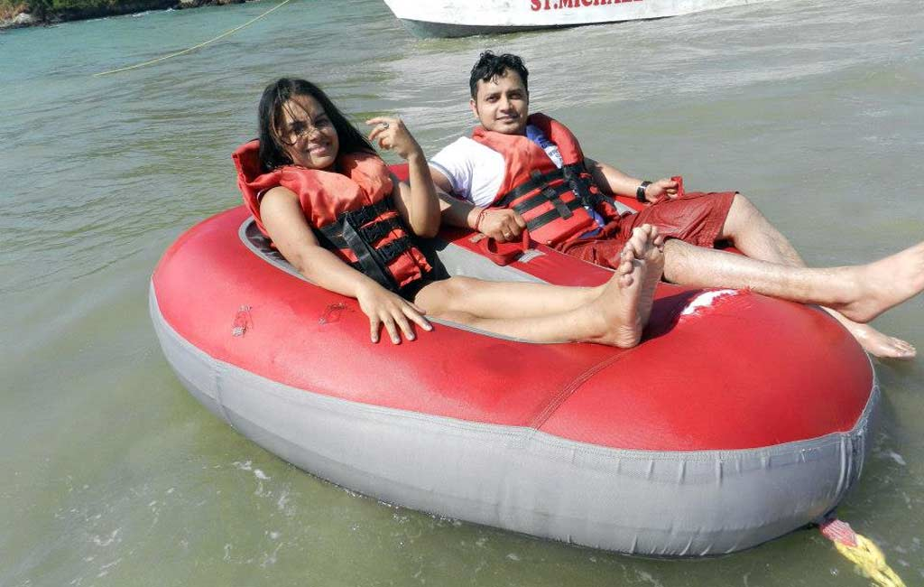 Bumper-Boat-Ride-Goa-Beach