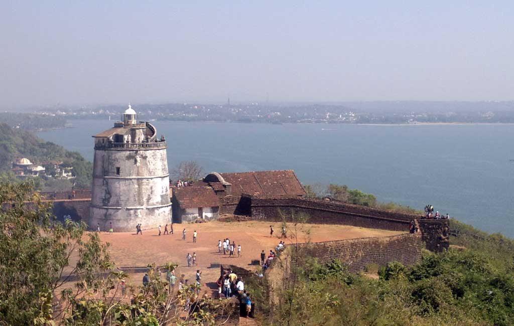 Fort Aguada Goa (North Goa Sightseeing Tour)