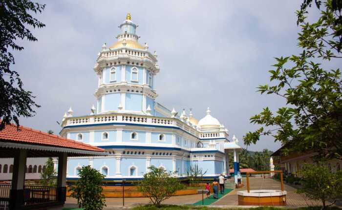 Mangueshi-Temple,-Goa-Sightseeing-Tour