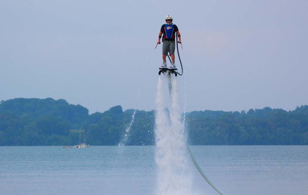 flyboarding-in-goa-price-and-booking