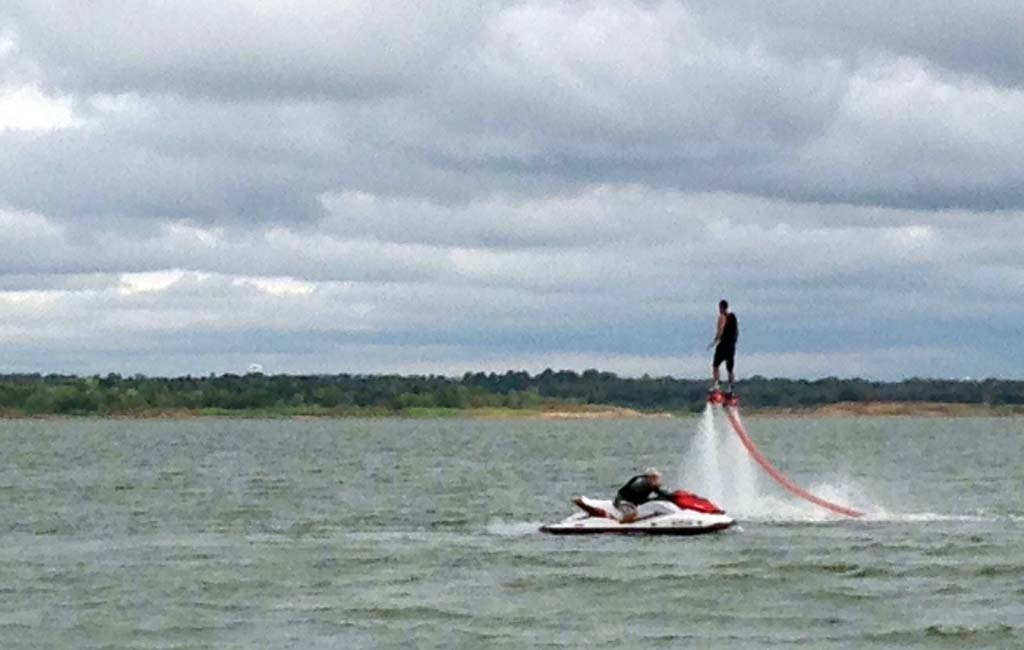 flyboarding-in-goa-price-and-booking-_3