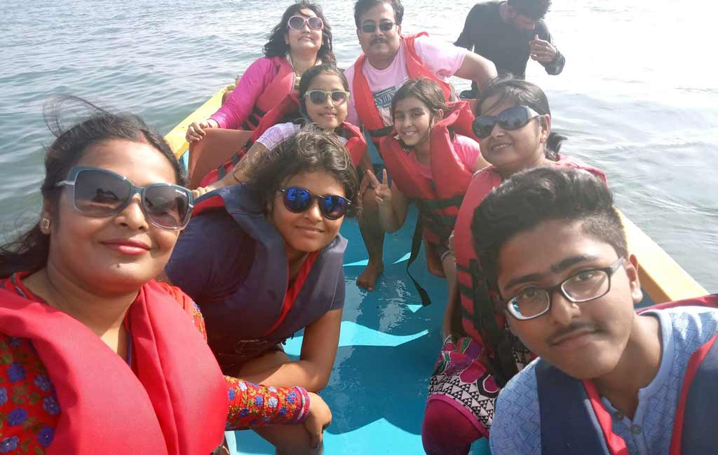 speed-boat-ride-beach-goa