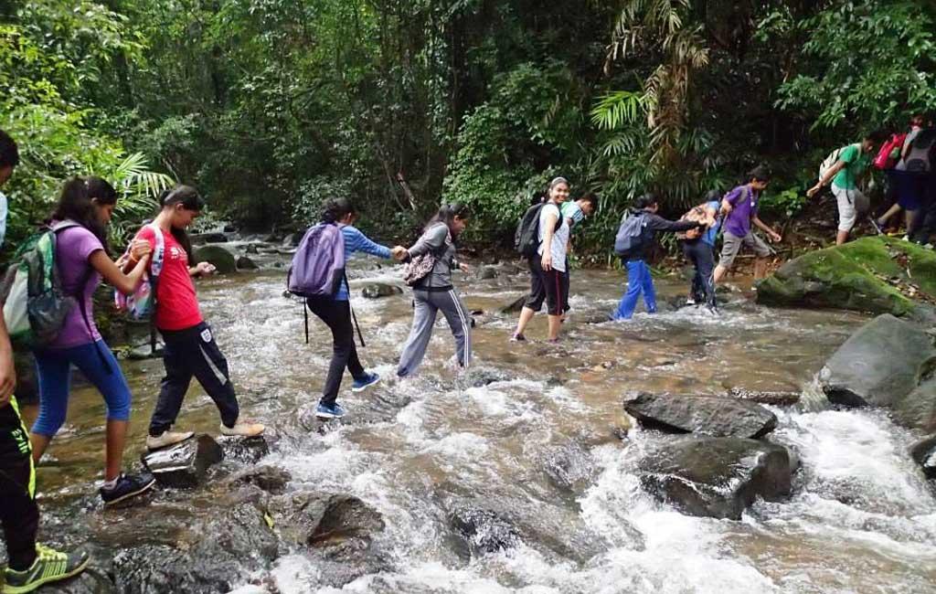 Trekking tour Tambdi Surla Goa