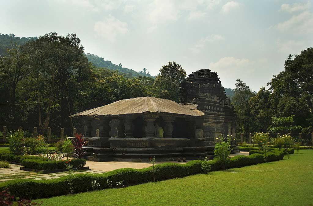 tamnbdi-surla-temple-in-goa