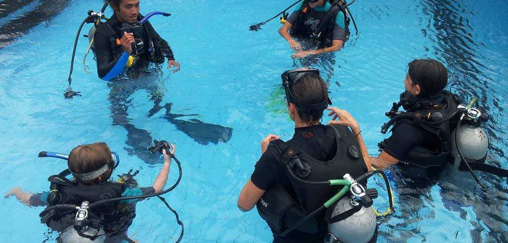 PADI-Advanced-Scuba-Diving-Course-in-Goa