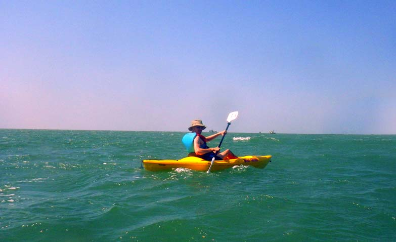 kayaking-at-mobor-beach-goa