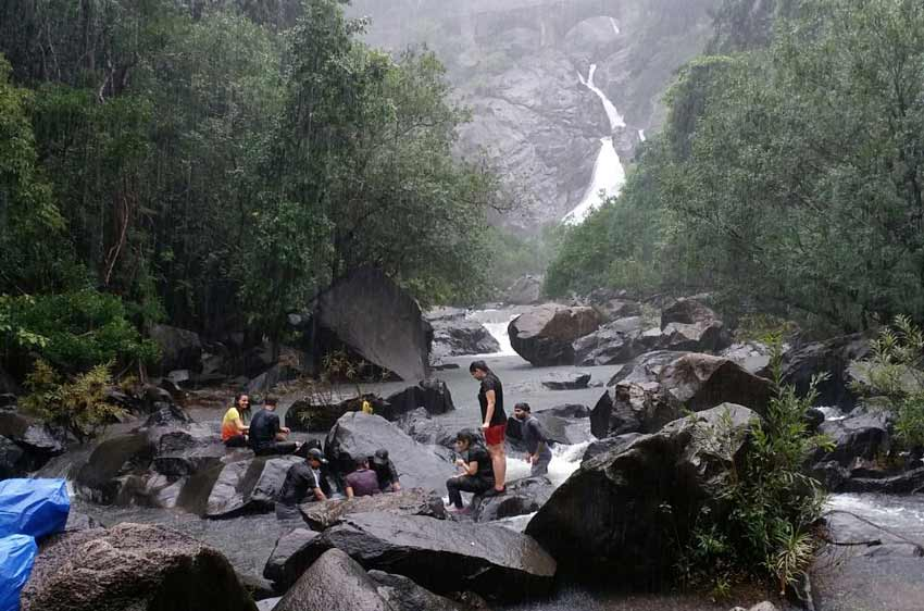 dudhsagar-waterfall-trek-goa