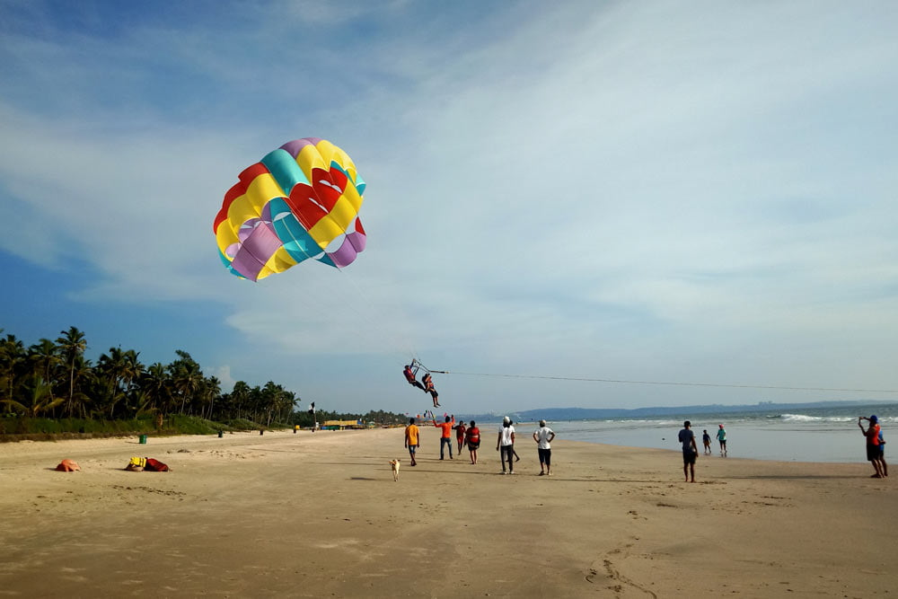 Parasailing-in-South-Goa