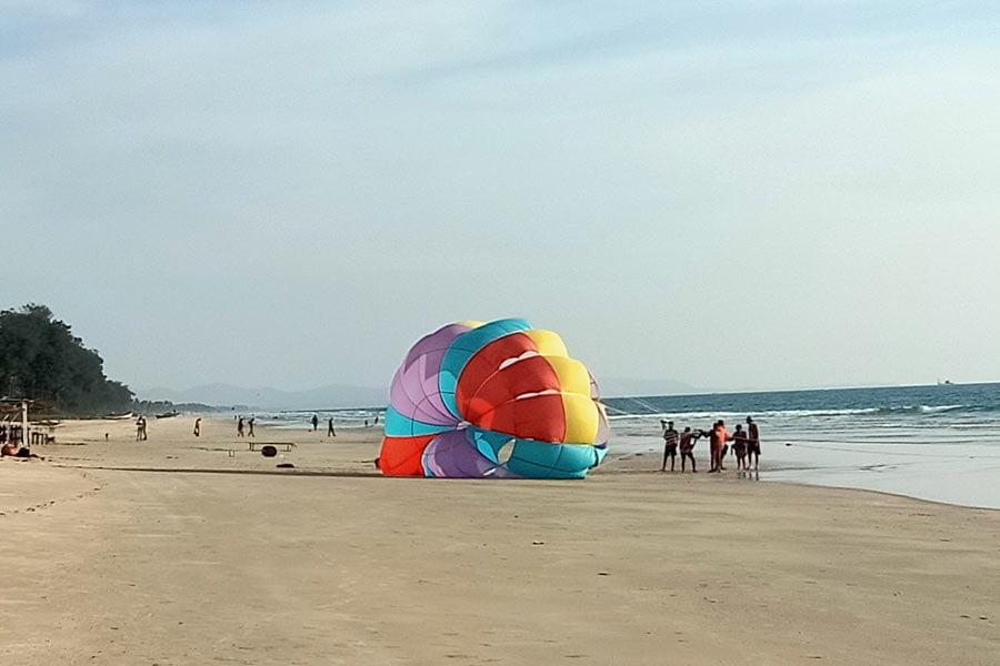 South-Goa-Parasailing